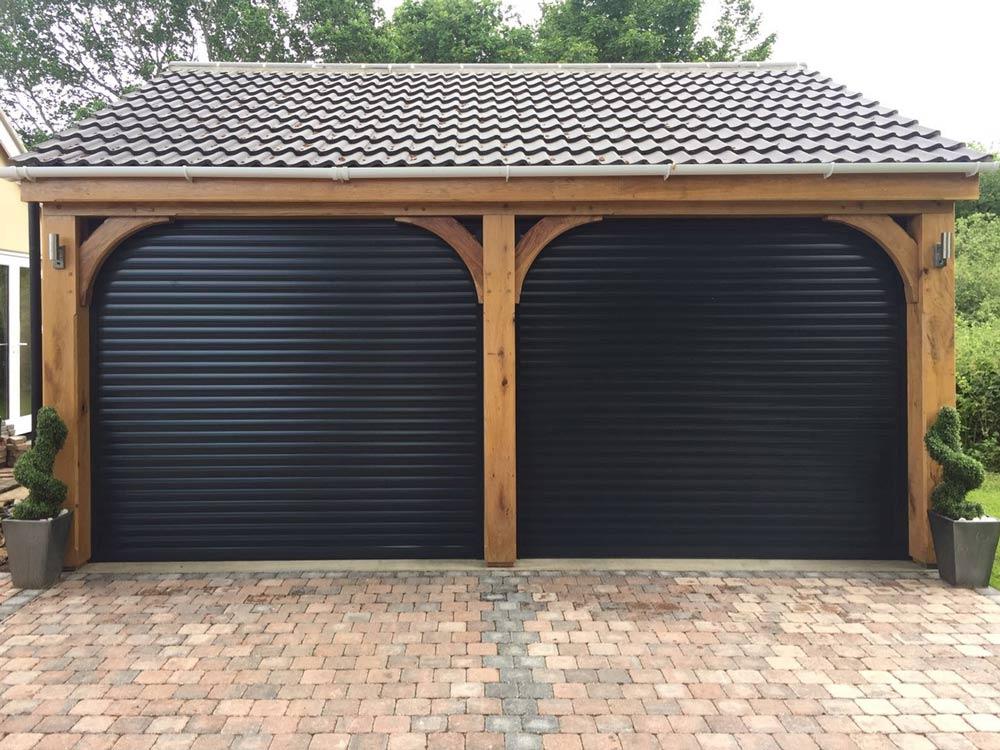 Термоизолирани ролетни гаражни врати