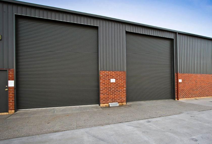 Стоманени индустриални ролетни врати
